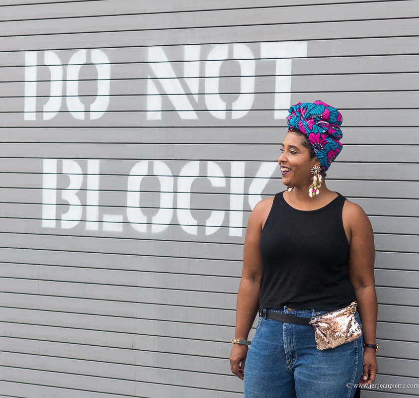 Top washington dc blogger wearing a summer outfit of jeans and headwrap curvy style dc style-2
