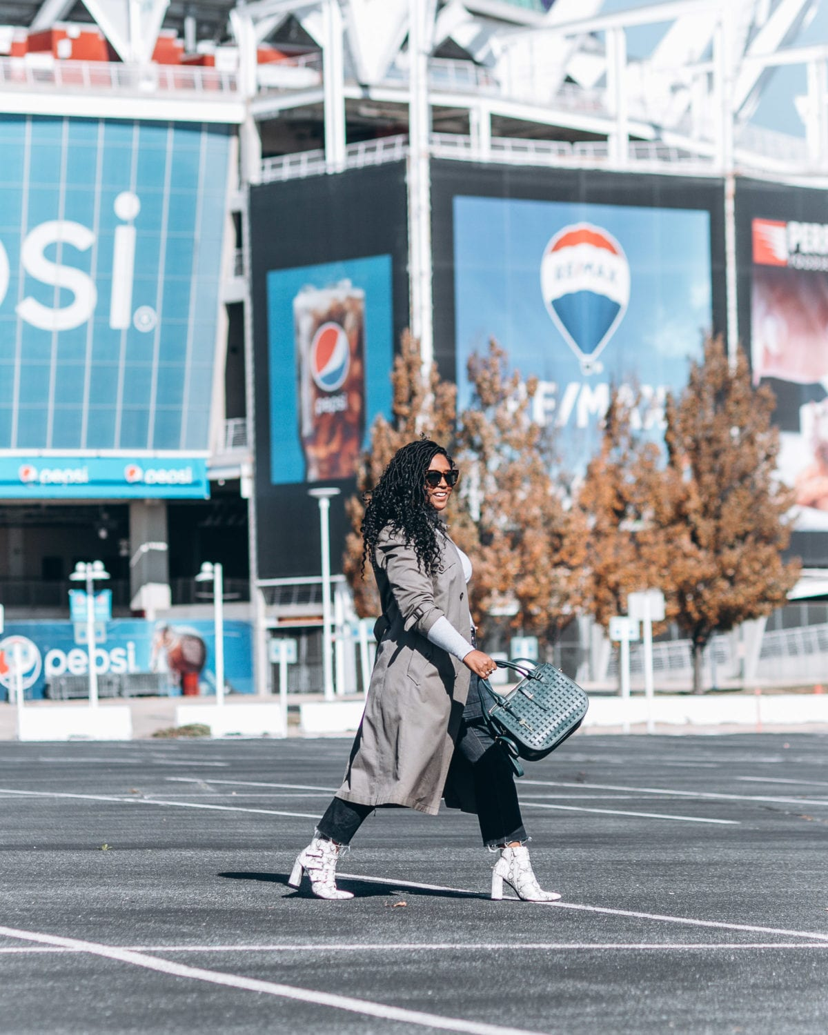 top washington dc blogger wearing fall trend trench coat turtleneck snakeskin boots winter looks-27